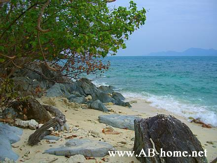 Beach on Koh Yuak