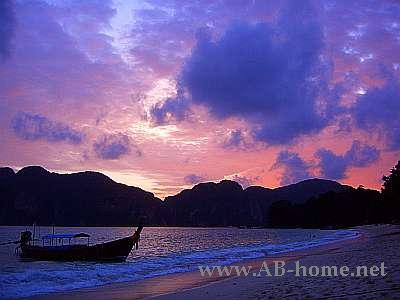 Sunset on Phi Phi Island