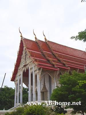 Buddhist Temple in Phetburi