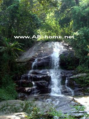 Monthathan Waterfall, Chiang Mai